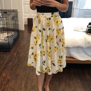 Dresses & Skirts - Midi Yellow Floral Skirt